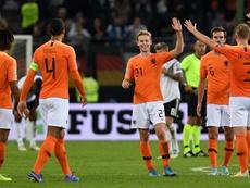 Estônia - Holanda: onzes iniciais confirmados. EFE