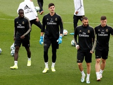 Zidane volta a contar com Benzema e Jovic. EFE/Chema Moya
