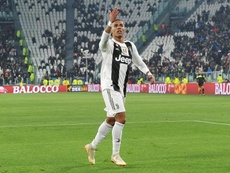 Juventus, infortunio Douglas Costa: out un mese, niente Atletico Madrid