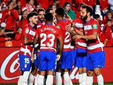 O Granada explode o Barcelona e assume a liderança da Liga. EFE