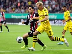 El Eintracht, con lo justo, frenó al Borussia. EFE/EPA