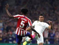 Casemiro could well miss the Clasico at Barca through suspension. EFE