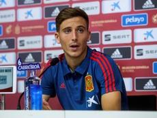 United prêt à casser sa tirelire pour Pau Torres. EFE