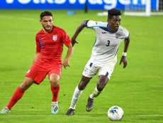 El seleccionador de Cuba prefiere quedarse con lo positivo de la dura goleada. EFE