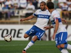 Universidad Católica buscará el título en la vuelta del fútbol a Chile. EFE/Elvis González/Archivo