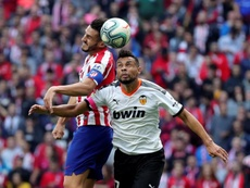 Coquelin é dúvida contra o Chelsea. EFE/Juanjo Martín