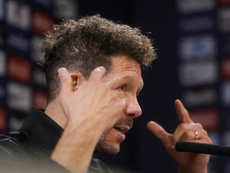 Simeone is looking for replacements in his own squad. EFE