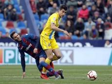 Marc Roca hizo diana ante el Levante la pasada campaña. EFE