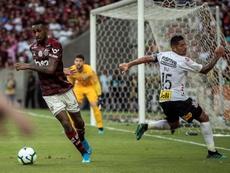 Gerson será representado pelo pai de Neymar. EFE/Antonio Lacerda