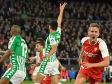 El Sevilla se llevó el derbi del Villamarín. EFE