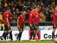 España pasó por encima de Rumanía. EFE