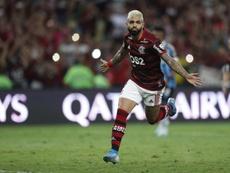 Na raça, o Flamengo pinta a América do Sul de vermelho e preto! EFE