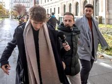 Carlos (i) y Víctor (d) han sido condenados por agresión sexual. EFE/Archivo