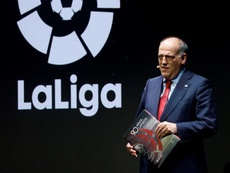 Javier Tebas, presidente da LaLiga, terá conversa com o clubes nesta segunda. EFE/ Ballesteros