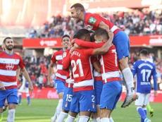El Granada y el Betis persiguen a la promesa del Alavés. EFE/Pepe Torres