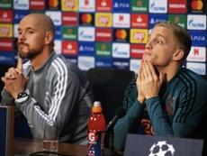 Van de Beek obvió hablar del interés del Madrid. EFE