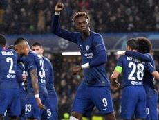 El Chelsea sufrió, pero estará en octavos. EFE