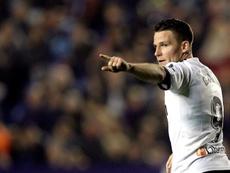 El Valencia, vigente campeón de Copa, espera batir al ilusionado Logroñés. EFE