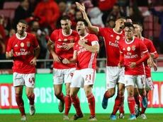 El Benfica remontó ante el líder. EFE
