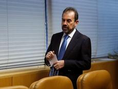 Ángel Torres aseguró que no ha recibido contactos por el delantero. EFE