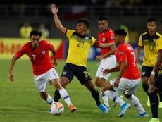 Gabriel Suazo (i) reconoció los contactos con Boca. EFE/Ernesto Guzman Jr.