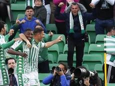 Aleñá cargo contra el árbitro de Getafe. EFE/Jose Manuel Vidal
