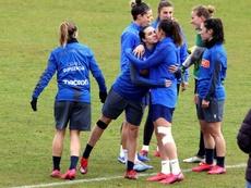 El acuerdo busca impulsar el proyecto del fútbol femenino para la 2021-22. EFE