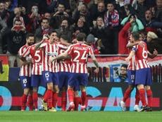 Saúl marca o gol da vitória do Atlético contra o Liverpool na Champions. EFE/ Juanjo Martín