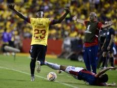 Barcelona exprime a Macará y mantiene la carrera con Emelec. EFE