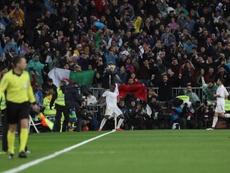 Vinicius marcou no clássico e imitou comemoração de Cristiano. EFE/Rodrigo Jiménez