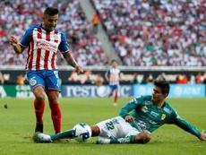 Alexis Vega nunca jugaría en el eterno rival. EFE/Francisco Guasco