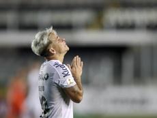 O Santos passou por cima do Boca e está na final da Libertadores. EFE