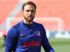 Ferdinand has told United to sign Oblak. EFE