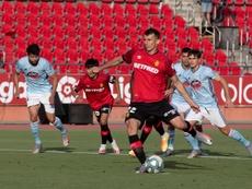 El Valladolid coloca a Budimir por delante de Stuani. EFE/Cati Cladera/Archivo