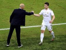 De Laurentiis confims Napoli met with Jovic's agent. EFE