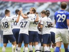 Tottenham venceu contra o Leicester por 3 a 0. EFE/EPA/Michael Regan