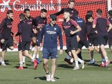 El Sevilla mira a la Roma. EFE
