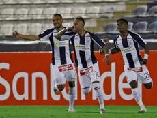 Aseguran que Alianza Lima reclamará para evitar su descenso. EFE