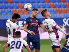 Rafa Mir y Sandro amenazan al líder. EFE