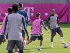El Bayern entrenó con normalidad en su ciudad deportiva. EFE