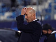 Zidane needs results if he is to stay at Madrid. EFE