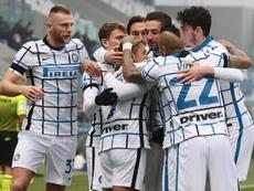 El Inter acaba con el último invicto de las grandes ligas. EFE