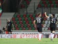 El Benfica cumple con sufrimiento. EFE