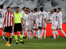 Los líderes del Real Madrid-Athletic. EFE