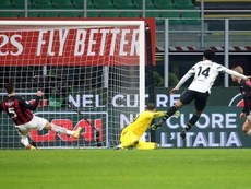 El Milan dejó en 27 partidos su racha sin perder en la pandemia. EFE
