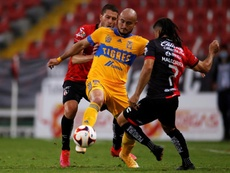 Carlos González podría perderse el Mundial de Clubes. EFE/Archivo