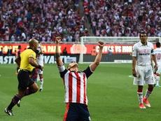 Chivas se hizo con un importante triunfo. AFP