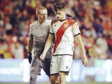 El gafe que persigue a Martín Pascual en su debut en Segunda. Twitter/1Alberto_García