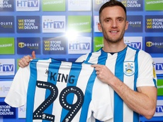 Leicester prête Andy King à Huddersfield. HtaFC