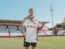 López Garai se acordó de Lucas Alcaraz. Twitter/AlbaceteBPSAD